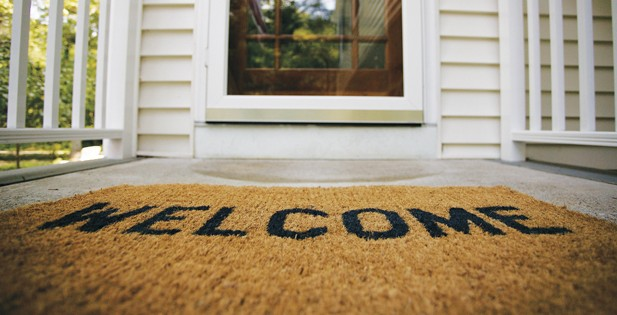 Content is still king is your corporate blog a welcome mat for Welcome home front door mats